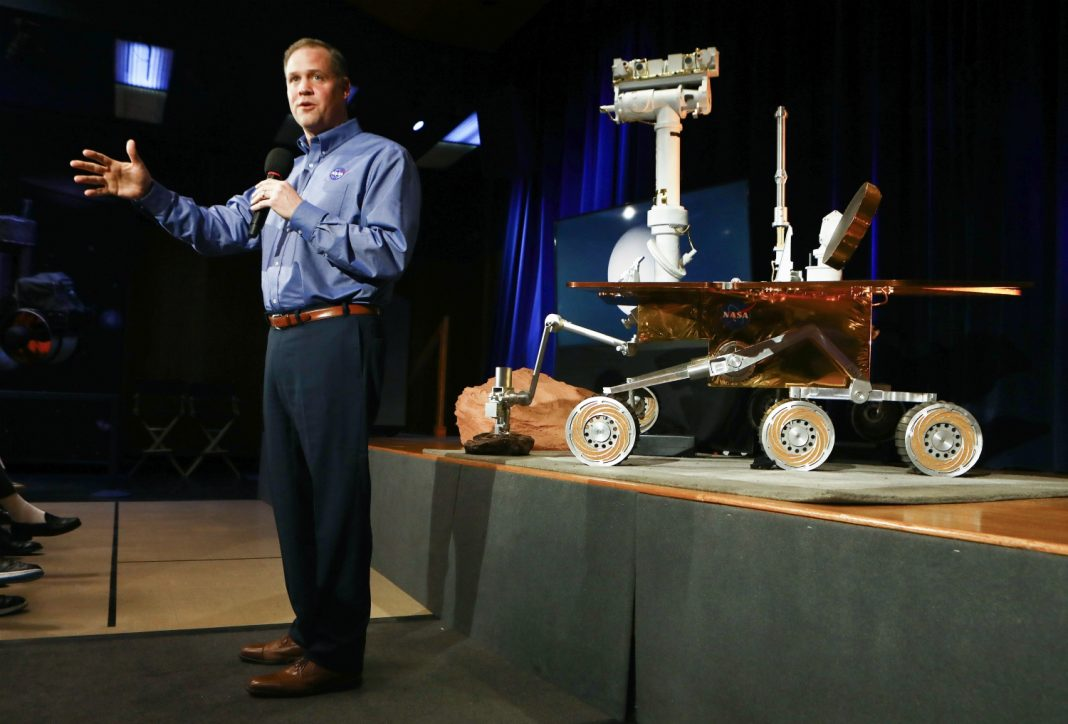 NASA Said Goodbye to the Mars Rover with a Final Song