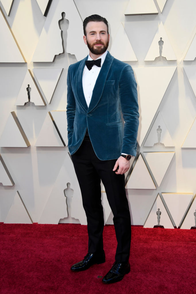 Chris evans velvet tuxedo oscars 2019