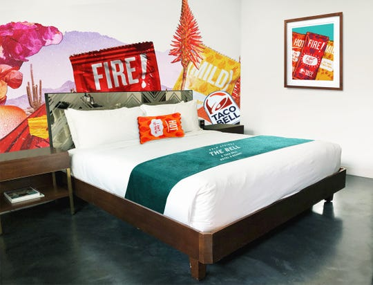 taco bell hotel palm springs reservations