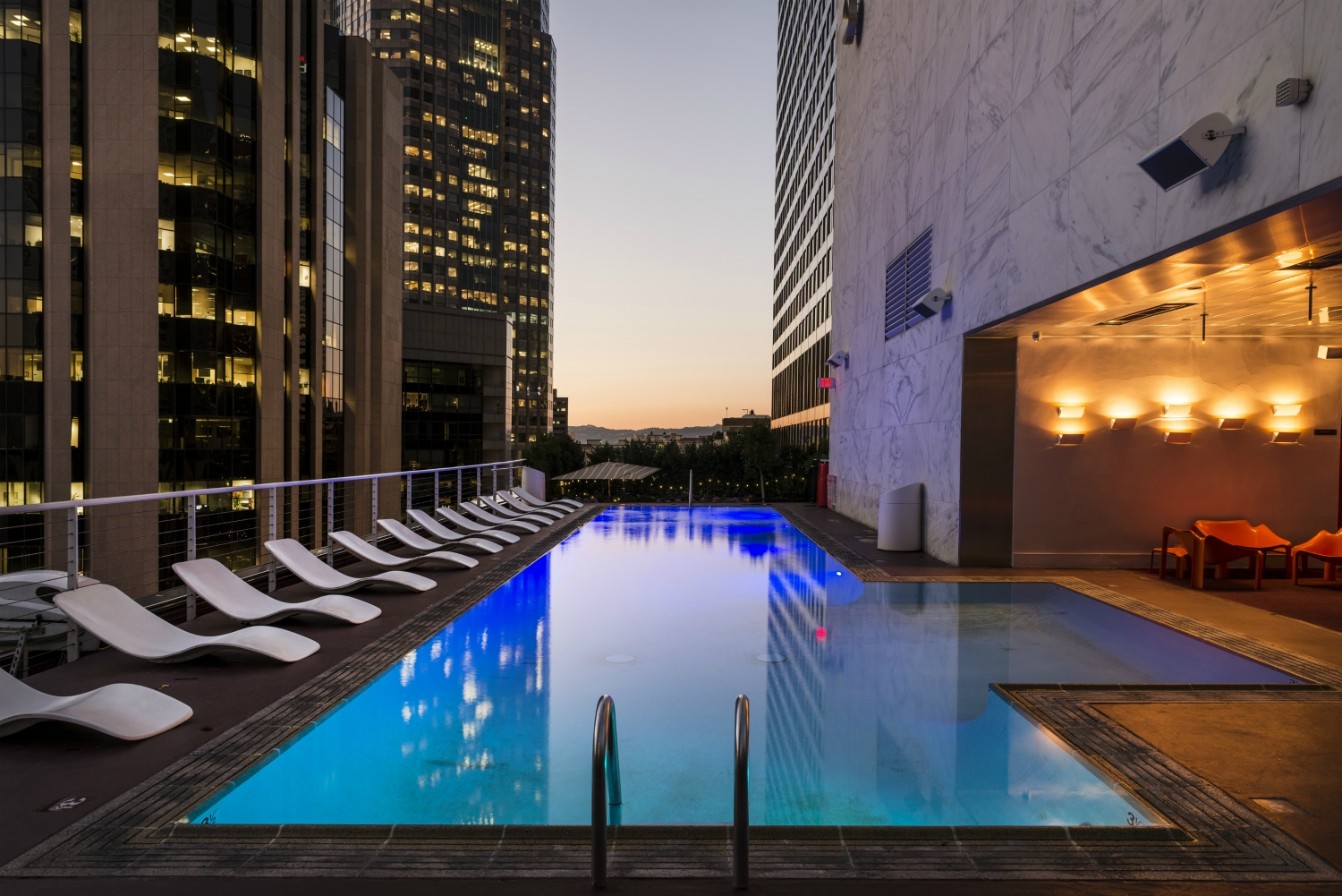 7 of Downtown L.A.'s Best Rooftops for a Summertime Hang