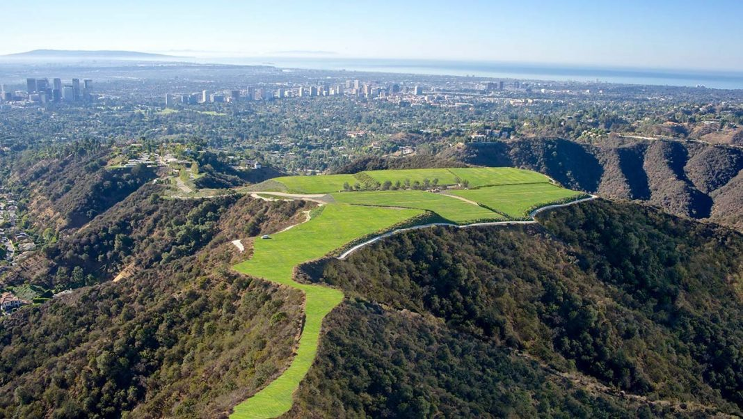 mountain beverly hills property auction