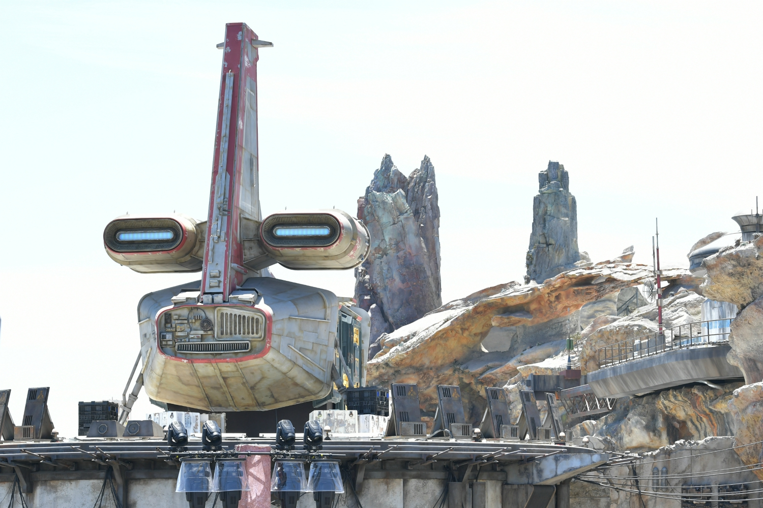 Disneyland Attendance Is Down—and Stars Wars: Galaxy's Edge Could Be to Blame