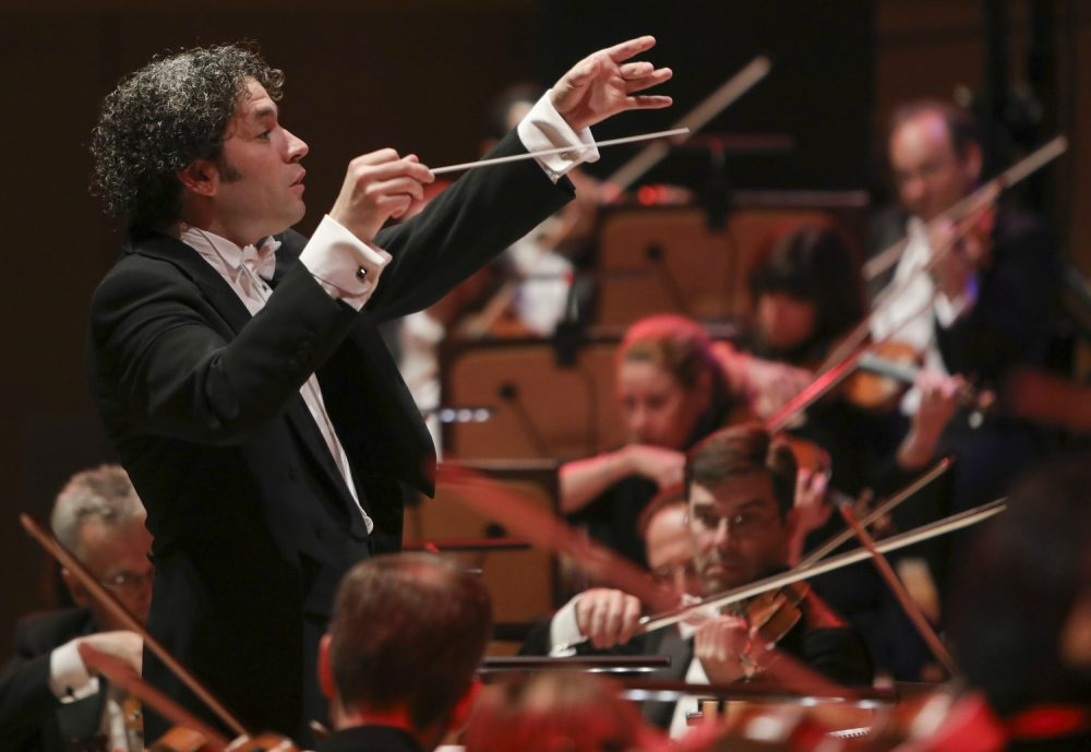 gustavo dudamel leaving phil