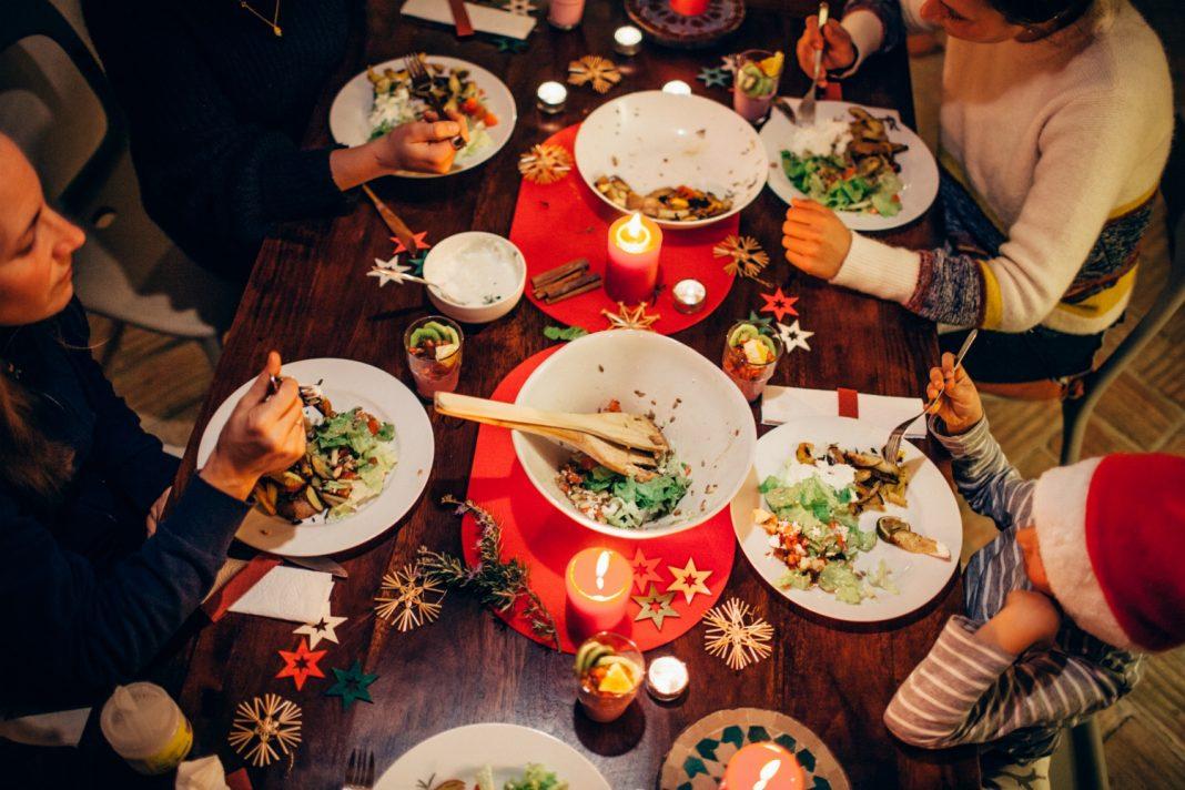 christmas family dinner date