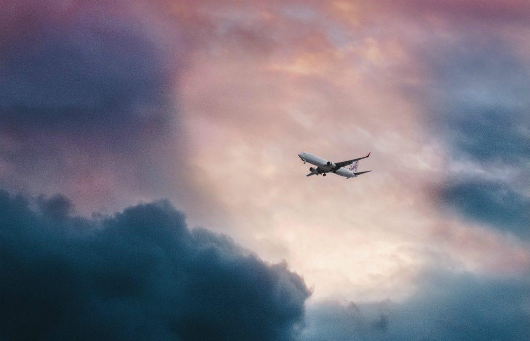 coronavirus airplane