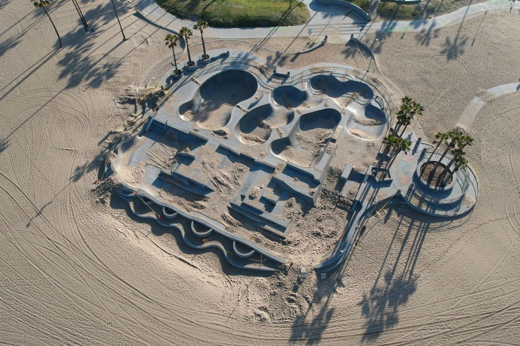 venice skate park empty sand
