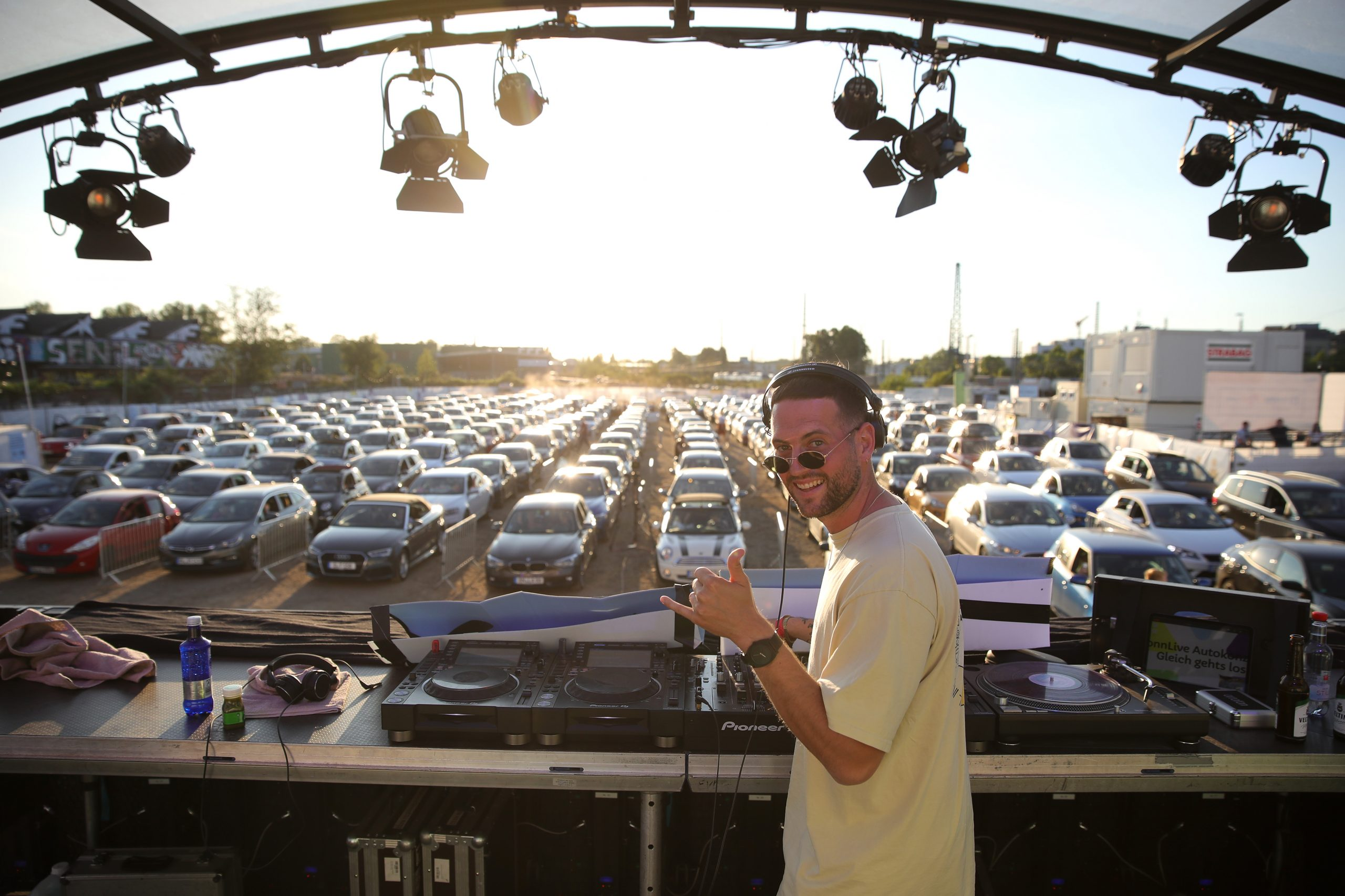 Drive In Concerts Arrive In Socal Offering A New Option For Music Fans