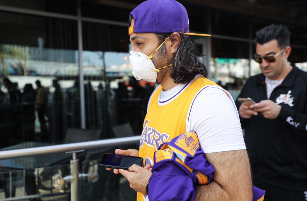 Kobe Bryant Gianna Bryant Memorial lakers face mask coronavirus california mask mandate