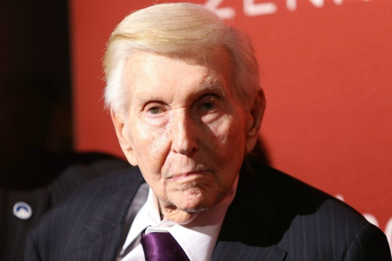 Larger-Than-Life Hollywood Mogul Sumner Redstone Has Passed Away
