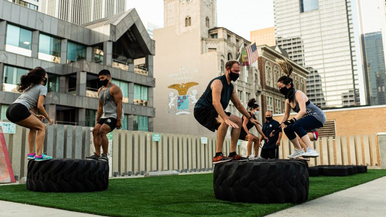 More and More L.A. Gyms Are Adapting to the Pandemic by Moving Outdoors
