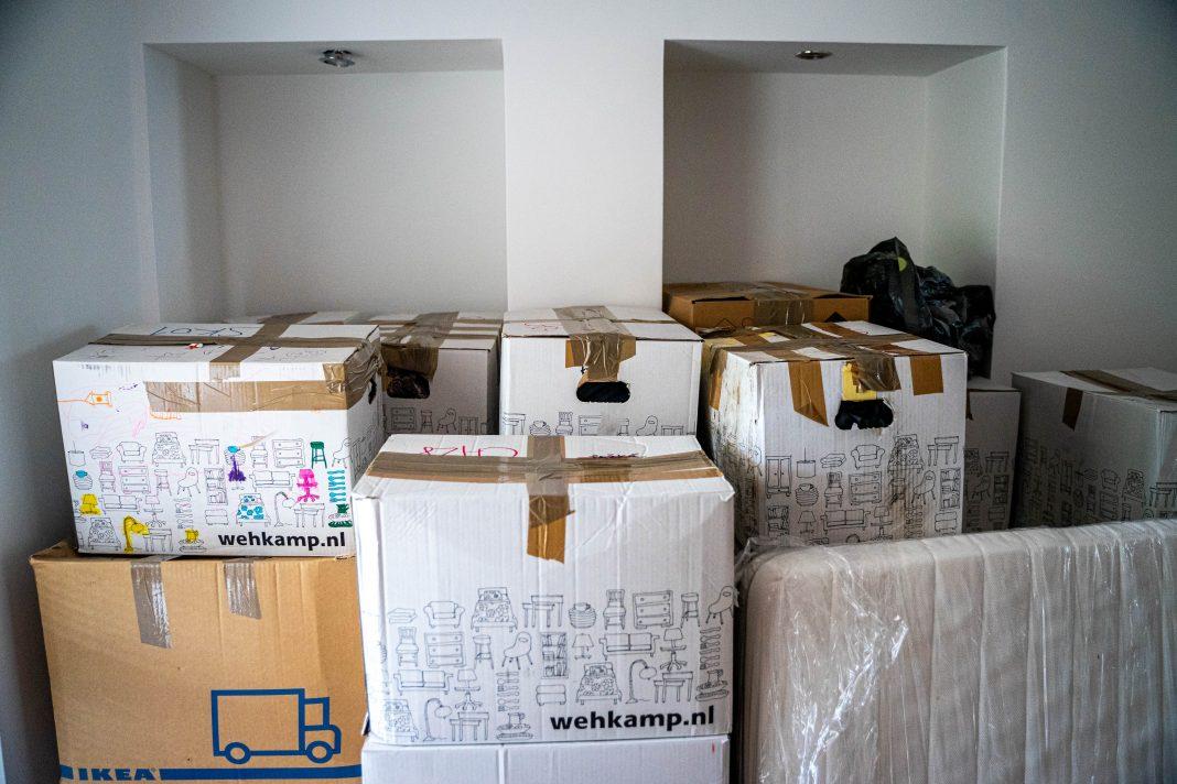 moving boxes urban flight pandemic
