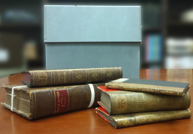 mutter museum skin books