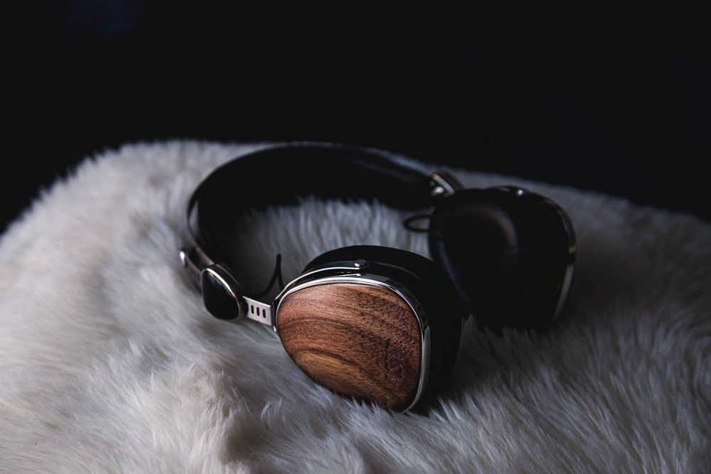 charity holiday gifts lstn headphones