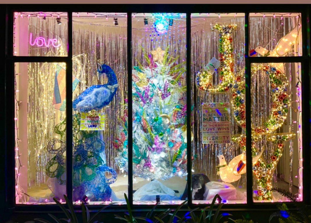 los feliz window display