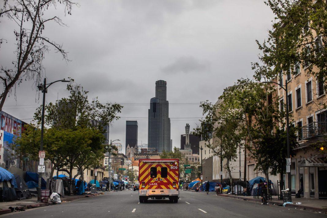ambulance covid-19