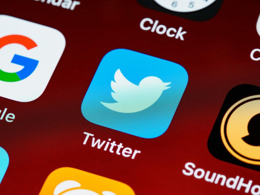twitter app trump iphone
