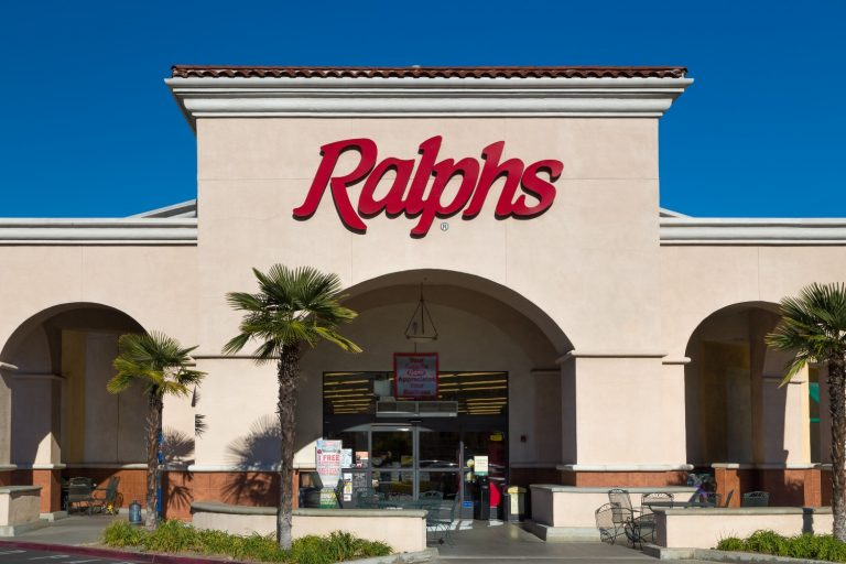 Some L.A. Ralphs Stores Briefly Administered Vaccines to People Who Aren't Yet Eligible