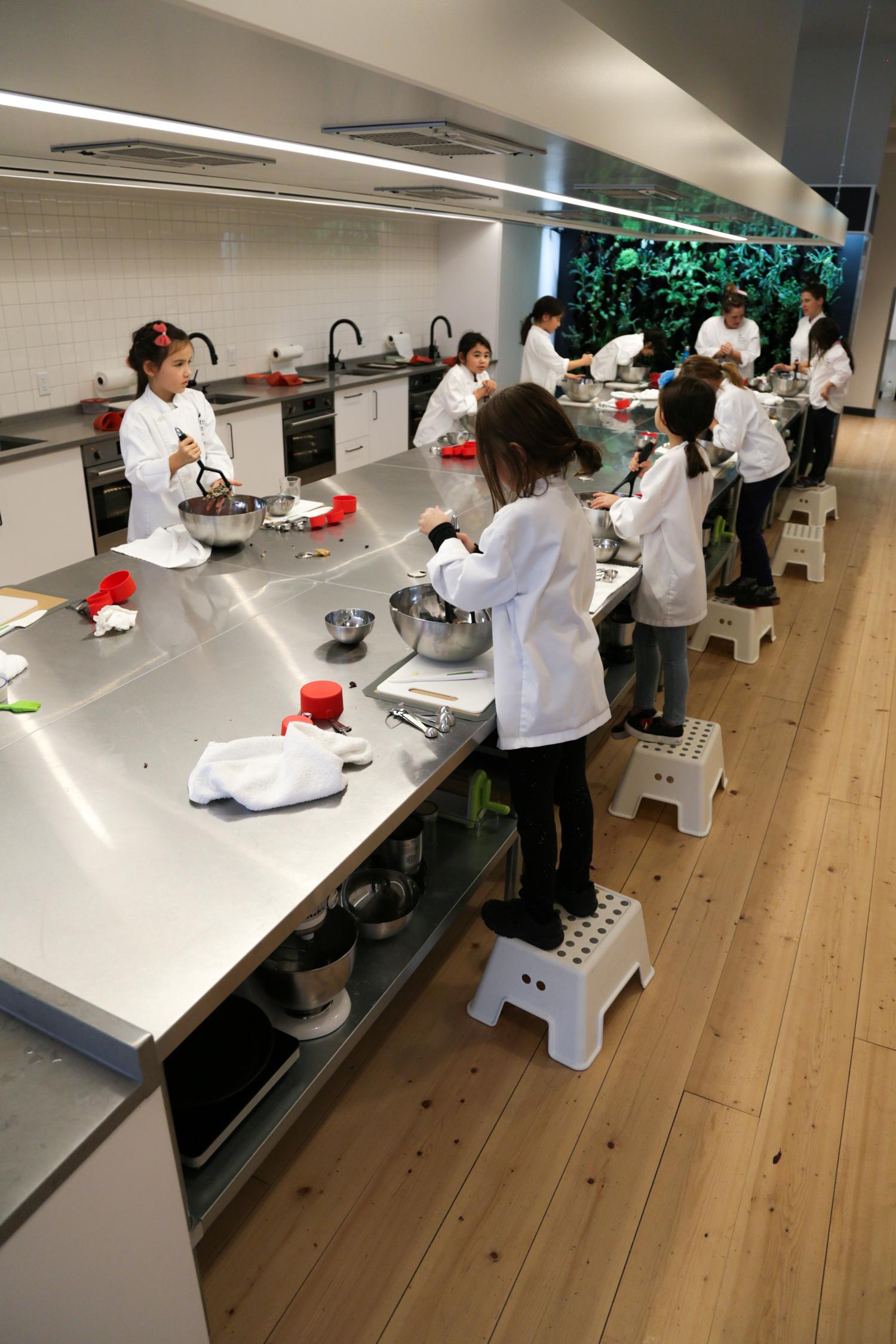 little kitchen academy