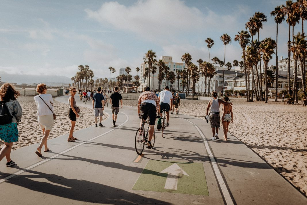venice boardwalk bike path