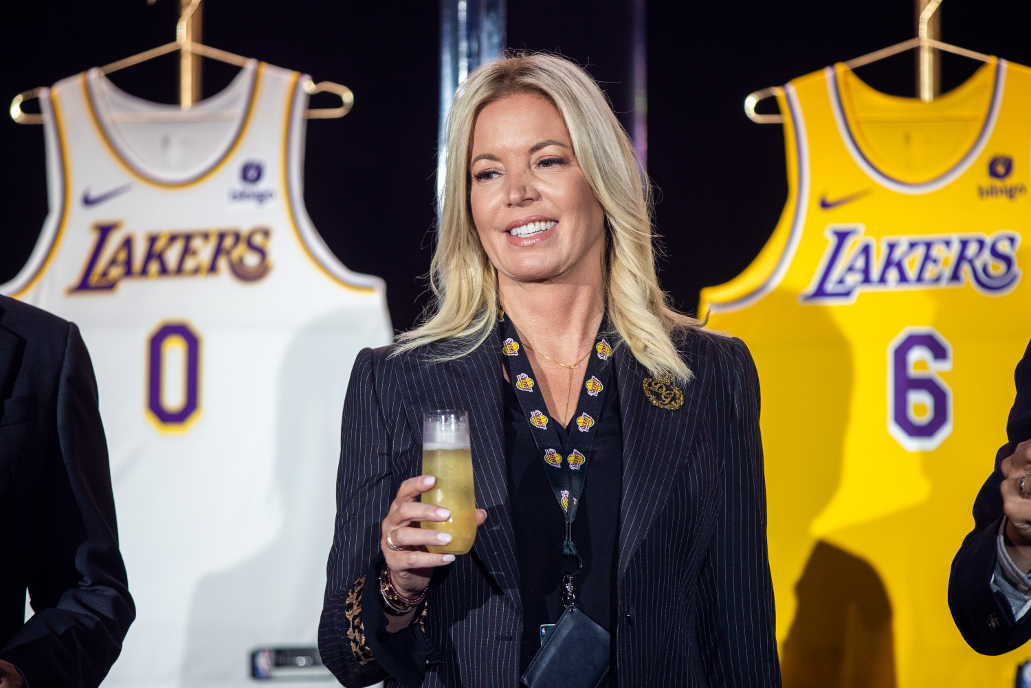 Jeanie Buss Loves Jay Mohr, and She Wants Everyone to Know It